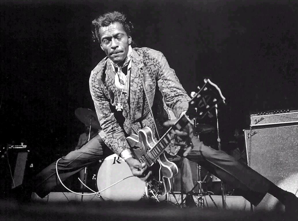 http://www.53deluxe.com/wp-content/uploads/2010/10/chuck-berry1.jpg